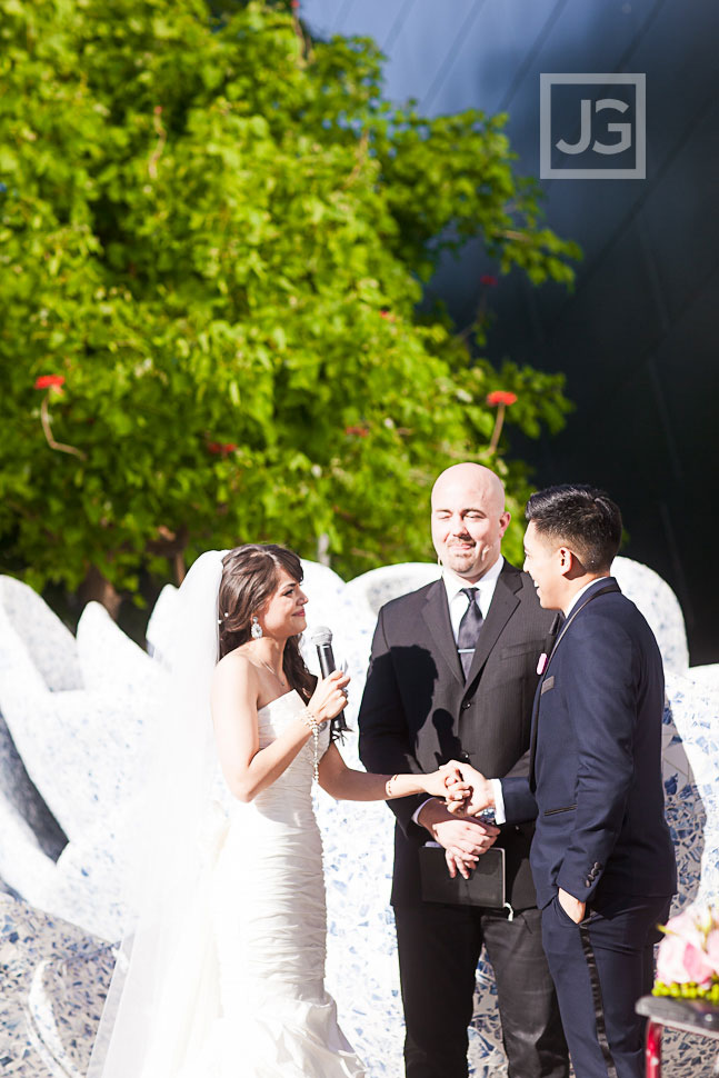walt-disney-concert-hall-wedding-photography-00391