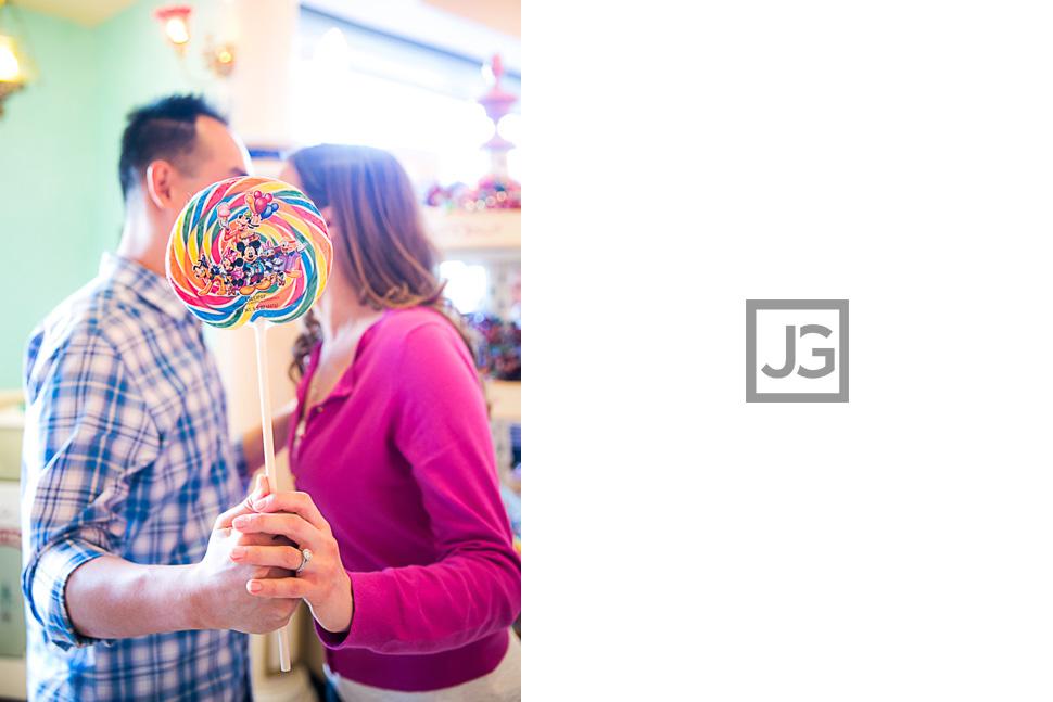 Disneyland-Engagement-Photography-0012