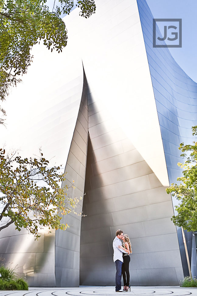 downtown-los-angeles-engagement-photography-00111